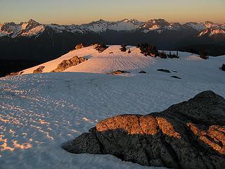 Alpenglow & Cascade Pass Peaks