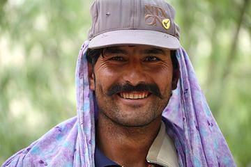 126- Aisa Khan, my personal porter