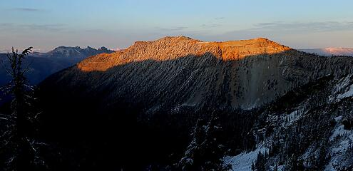 Alpenglow on Kettle Peak