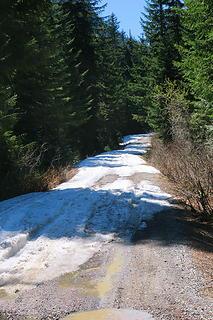 Twin lakes road Sno Pass