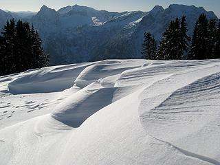Wind-carved snow with Sperry, Vesper & Big Four