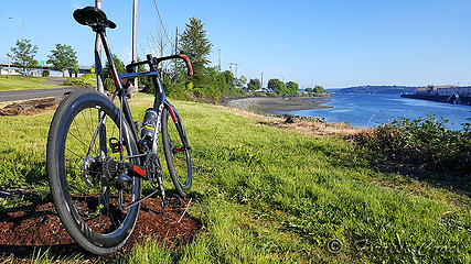 Myrtle Edwards Bike Path - Testing a lightning rod attached to my steering tube