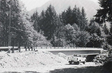 1989 Taylor River Bridge shortly after construction. Photo from Goldmyer newsletter