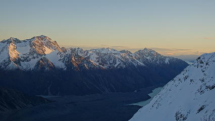 Sunset over the Tasman valley
