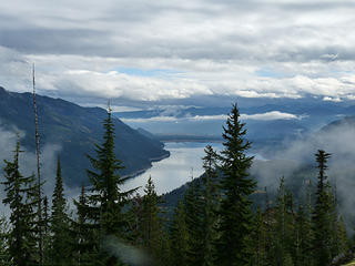 Afternoon skies above Kachess