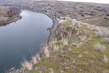 The Snake River. The road continues to Asotin.
