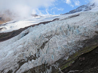 One thing is for sure. Although still one of the larger glaciers in the 48,  the Coleman Glacier is a mere vestige of its former mass. It is striking when standing on the moraine just how far below the present surface of the ice is.....at least  100 feet  below!