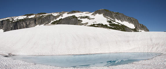 Mt Hinman and tarn