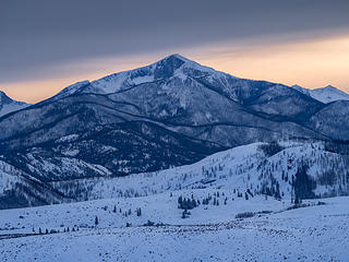 Feb_Oval Peak above Methow Valley