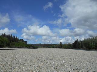 Queets River at Hartzell Creek 051719 02