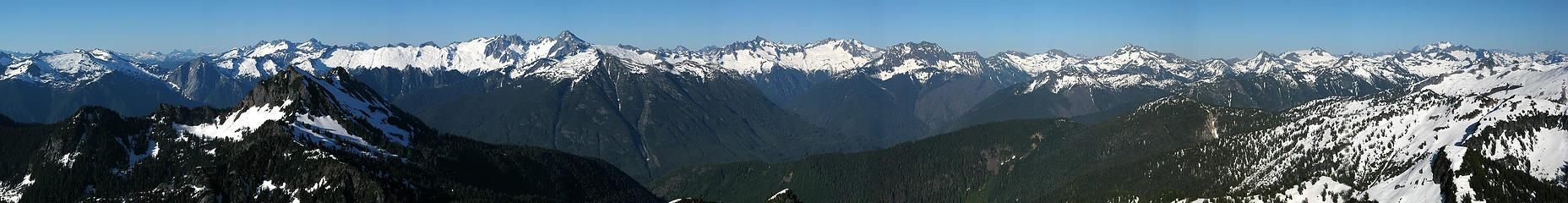 Summit Panorama - Teebone Ridge to Dome Peak
