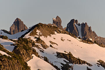 Chimney Rock and Overcoat peaking up behind the west ridge of Iron Cap