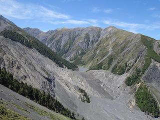 Upper Hapuku Valley with landslide