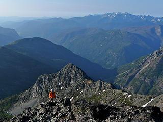 Rock scrambling on SE ridge