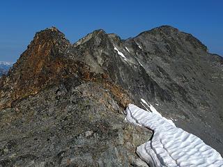 Gendarmes on the final ridge to Robinson summit
