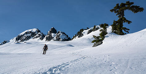 More from the descending traverse