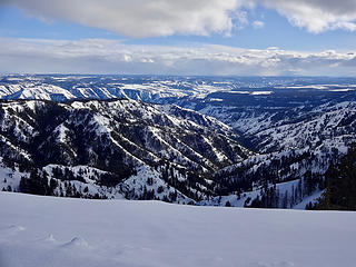 Looking south from the top of the ridge near Wenatchee Guard Station. The Grande Ronde River is some 4000' below.