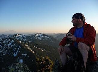 Magnum & Mt. Rainier
