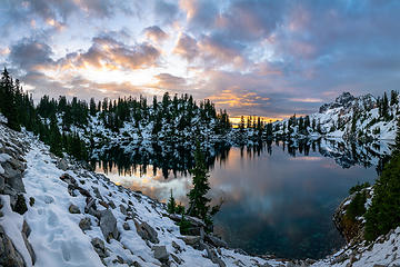 Sunrise at Gem Lake