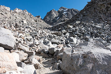 climbing to bishop pass