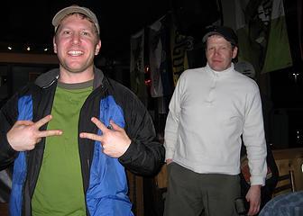 GeoTom and yukon at the Issaquah Brew Pub.