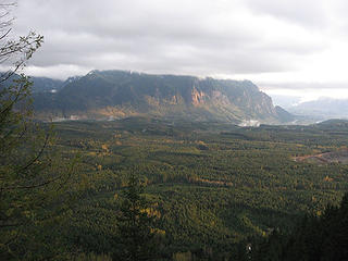 Mt Si and foreground basking in the sun from Fuller Mt,