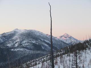 alpenglow on North Gardner with Goat Peak