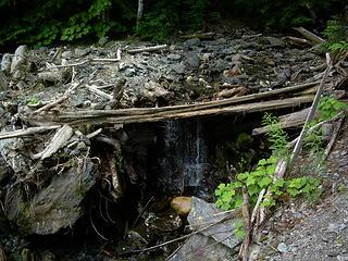 The small stream falls