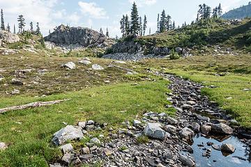 meadow near escondito tarns