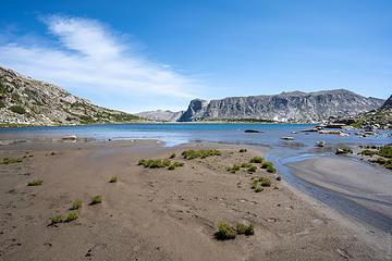 shore of macon lake