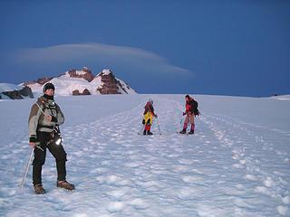 Lenticular cloud, summit, Leopoldo, Layla, and Bene