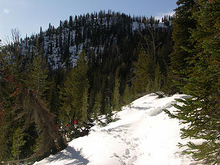 Spur ridge leading to the East side of Klone Peak.