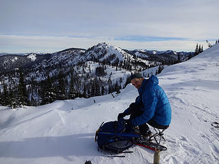 Don relaxing on the ridge at 6000' with Mutton Mtn behind.