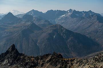 pinnacle summit views from glacier peak to copper
