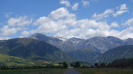 Seaward Kaikoura Range from the highway along the beach