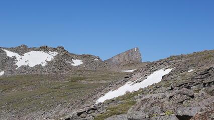 Temple Peak poking above the ridge as I descend