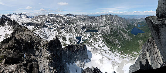 Enchantments pano from summit