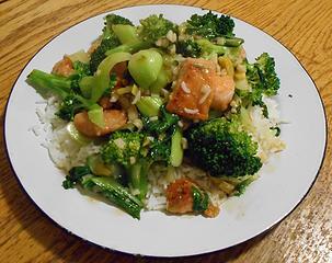 Salmon Stir-Fry with Broccoli and Bok Choy 032920