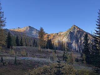 The saddle ahead of us that we will climb (above Bernice Lake)