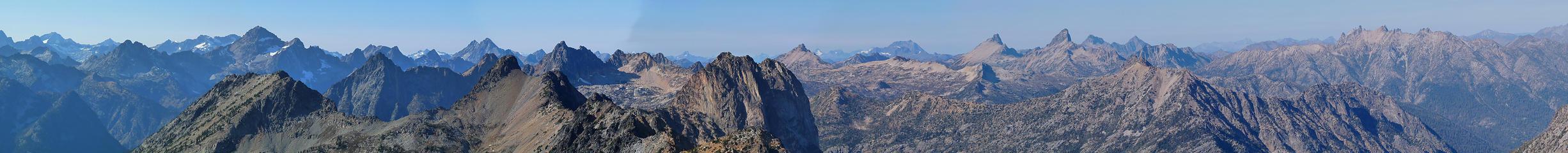 Large summit pano