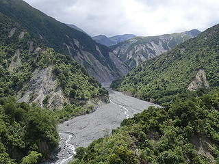 Landslide fill in the upper Hapuku Valley