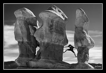 Haydon bouldering in The Devil's Garden