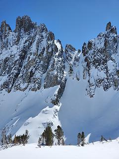 Some crazy skiers skied this gully. See the tracks?