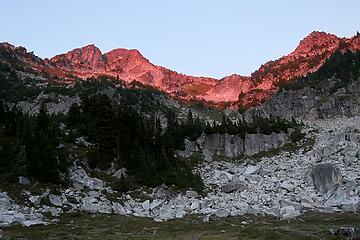 Brief pink alpenglow