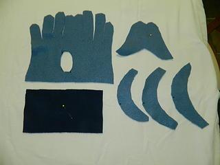 pieces for a fleece glove