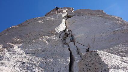 Splitter cracks on Torre Principal