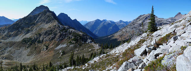 View from Copper Peak back towards ridge leading to Switchblade and Stiletto