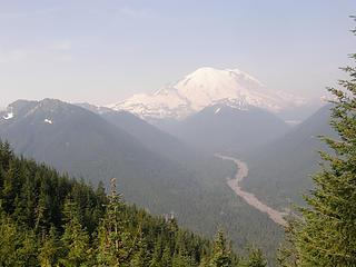 Views begin to open up on Crystal Peak trail.