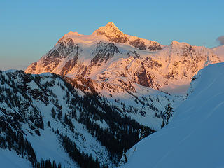 Shuksan - Alpenglow Evening