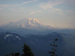 rainier-and-valleys